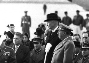 Francisco Franco and Dwight D. Eisenhower in Madrid in 1959. US National Archives, public domain.