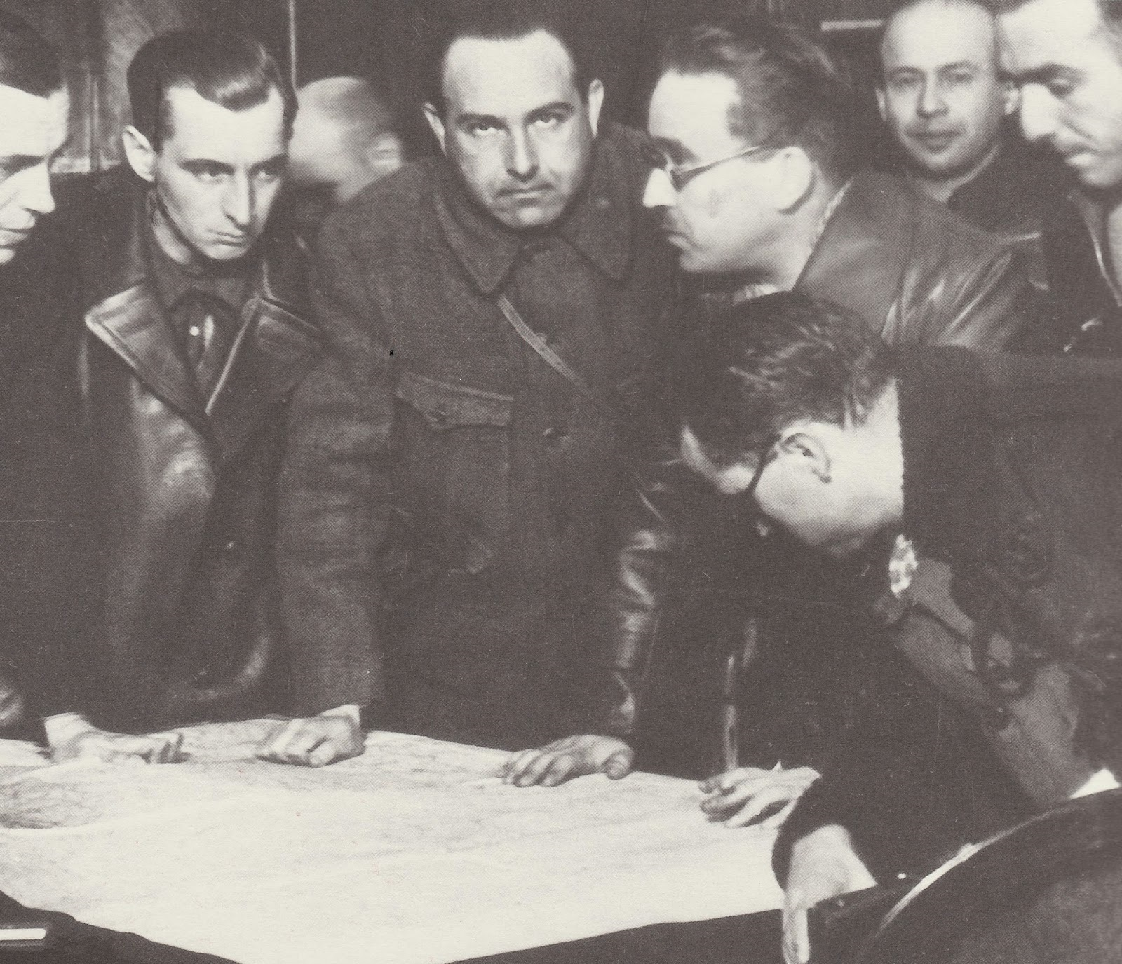 Gorev, with General Rojo and others