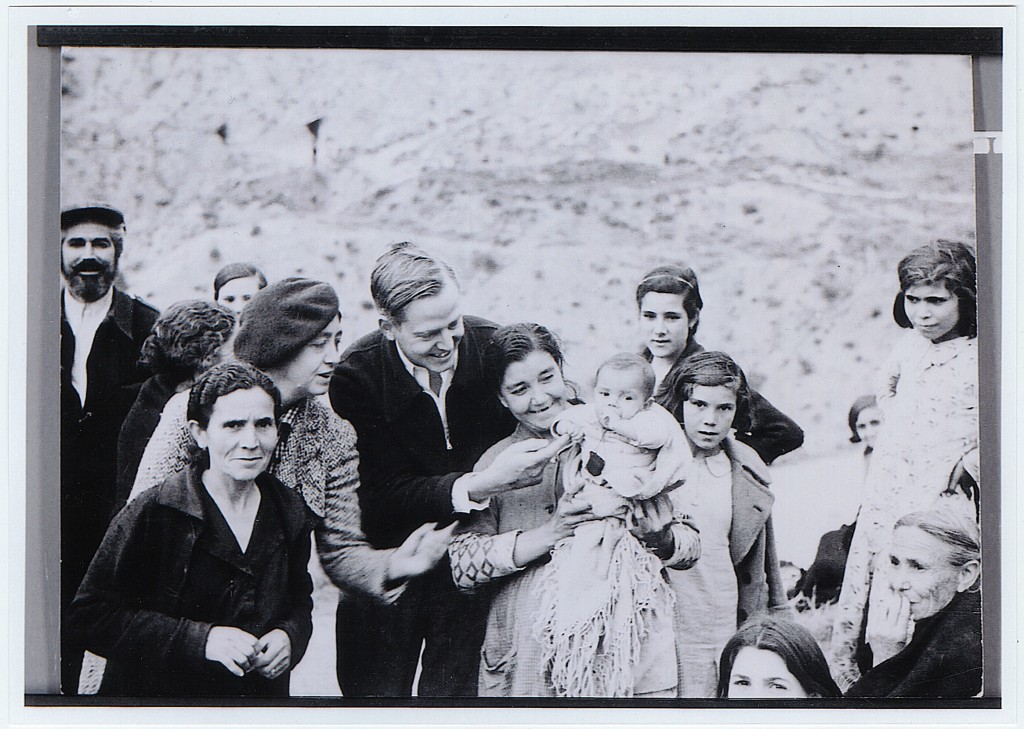 Josephine Herbst with villagers of Alcala de Henares. Yale U, Beinecke Library.