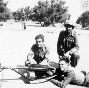 The photograph that was initially sent with the man kneeling on the right tentatively identified as Earl F. Vail. Records do not indicate that he was serving with the Battalion in September 1937. Lincoln-Washington Battalion, Company 1, Section 3, Group 2, Almuchel, September 1937, The 15th International Brigade Photographic Unit Photograph Collection; ALBA Photo 11; ALBA Photo number 11-1818. Tamiment Library/Robert F. Wagner Labor Archives. Elmer Holmes Bobst Library, 70 Washington Square South, New York, NY 10012, New York University Libraries.
