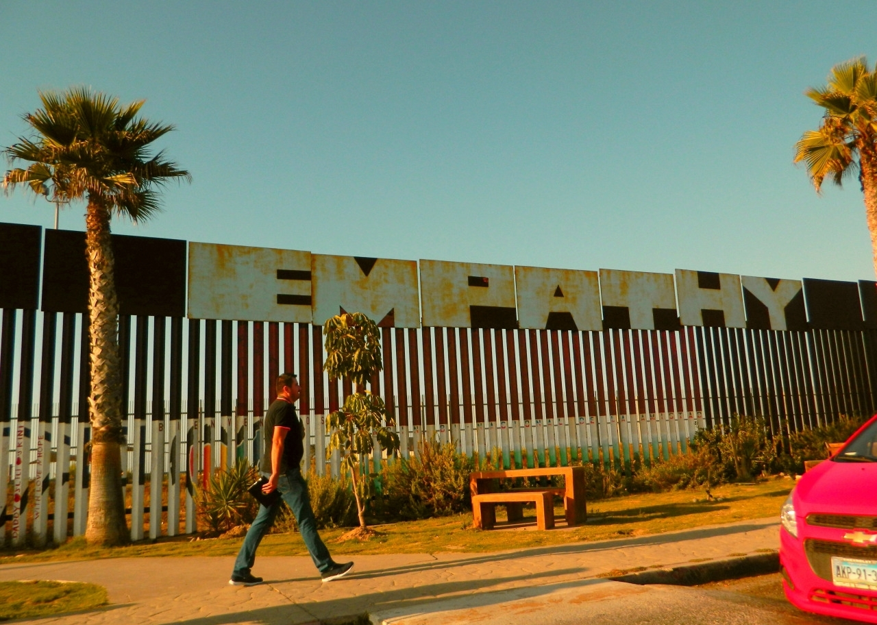 Border wall at Tijuana, 2014. Marcela Barroso. CC-BY-SA-4.0.