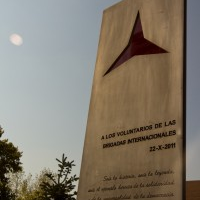 Hands off the Madrid Monument!