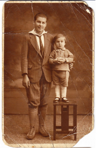 Bill (l) and his brother Henry. Photo courtesy of John Aalto.