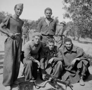 Leonard Levenson, Paul Sigel, Emanuel Mandel, Elkan Wendkos, and Paul MacEachron at Azaila, Spain, Oct. '37. ALBA Photo 011, 11_0729. Tamiment Library