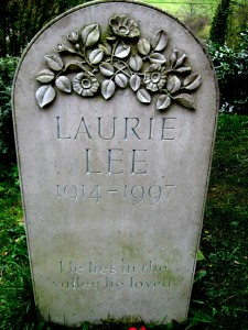Laurie Lee's headstone in Slad, Gloucestershire. Photo Jongleur100. Public Domain.
