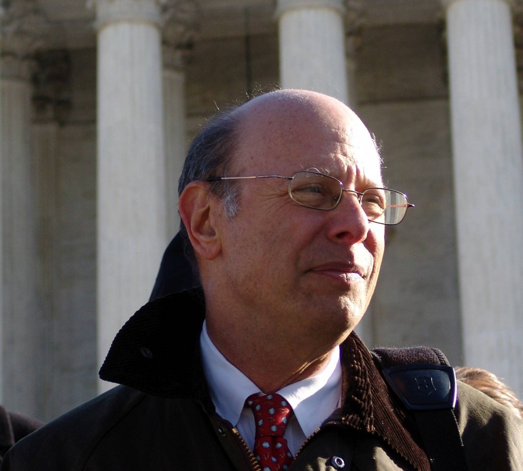 Michael Ratner in front of the US Supreme Court in Washington DC, Jan. 11, 2006. Photo Jonathan McIntosh, CC-BY-2.5