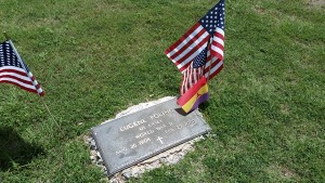 Poling's grave site at the Lawnview Cemetery in Cordell, Oklahoma. Photo by the author.