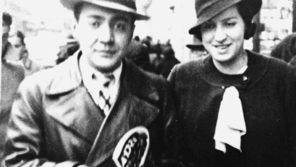 Ramon J. Sender and Amparo Barayón in the 1930s