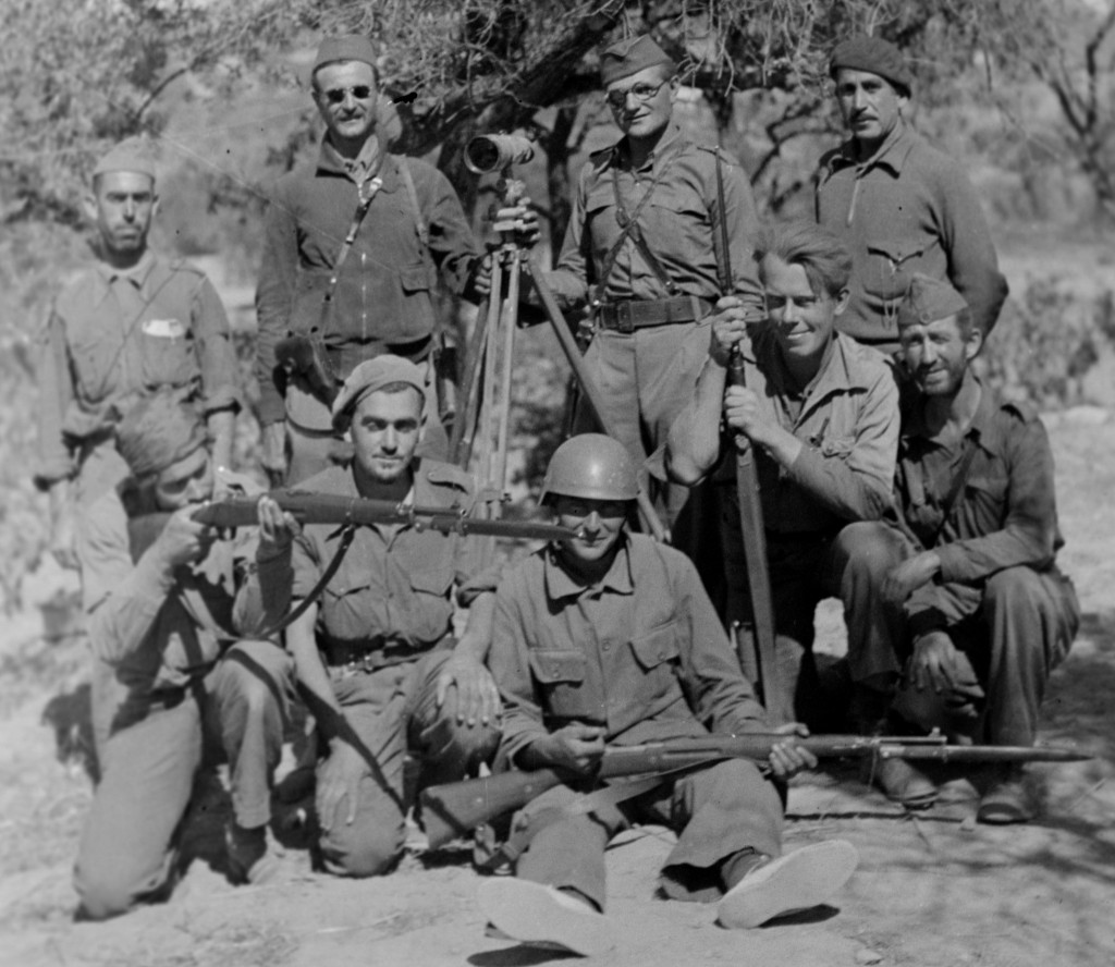 15th International Brigade Observers, Ebro Front, (Nuri standing on the right) August 1938; Harry Randall: Fifteenth International Brigade Films and Photographs; ALBA PHOTO 011; 11-1076; Tamiment Library/Robert F. Wagner Labor Archives.