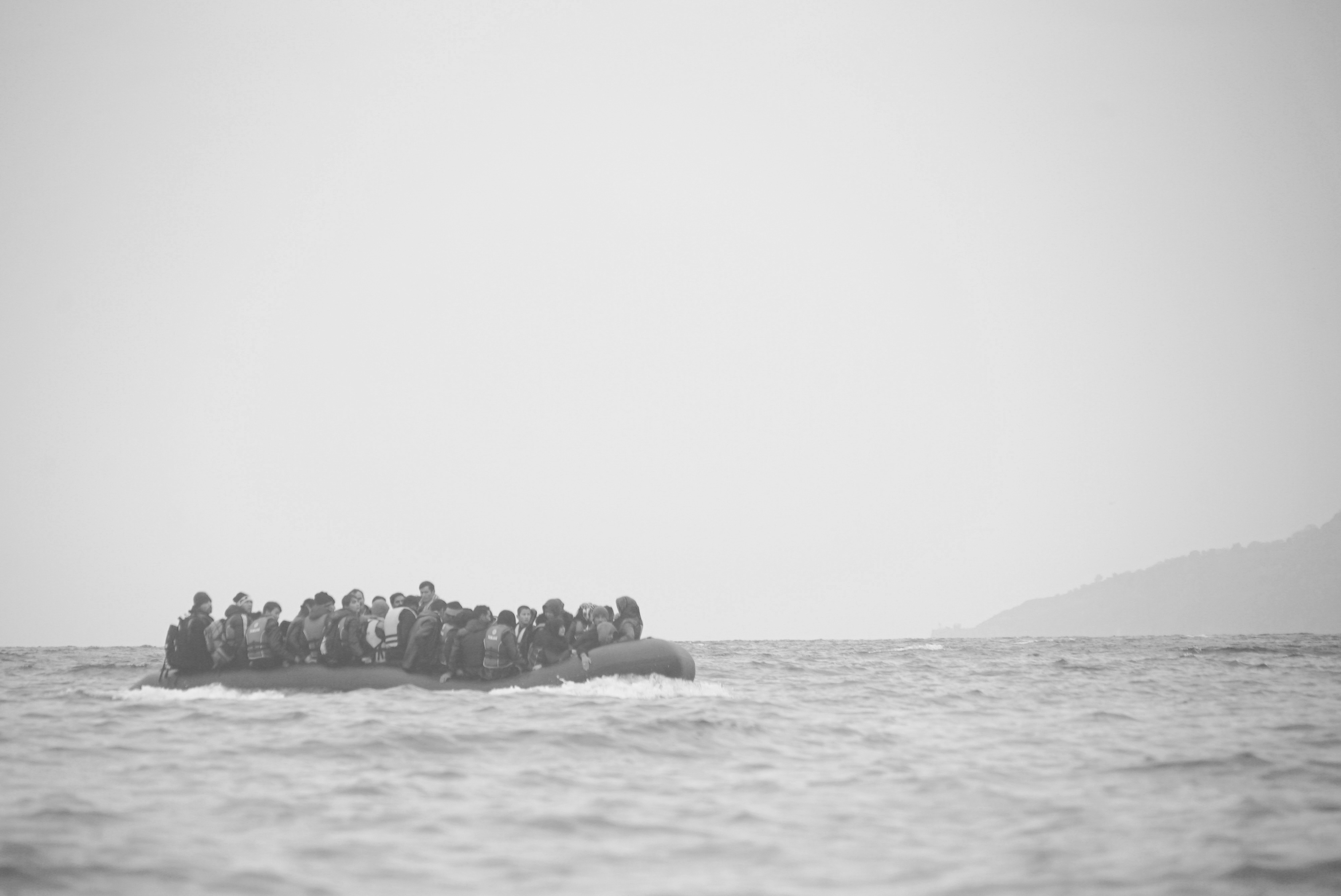 Refugees on a boat crossing the Mediterranean Sea, heading from Turkish coast to Lesbos, 29 Jan. 2016. Photo Mstyslav Chernov/Unframe, CC-BY-SA-4.0.